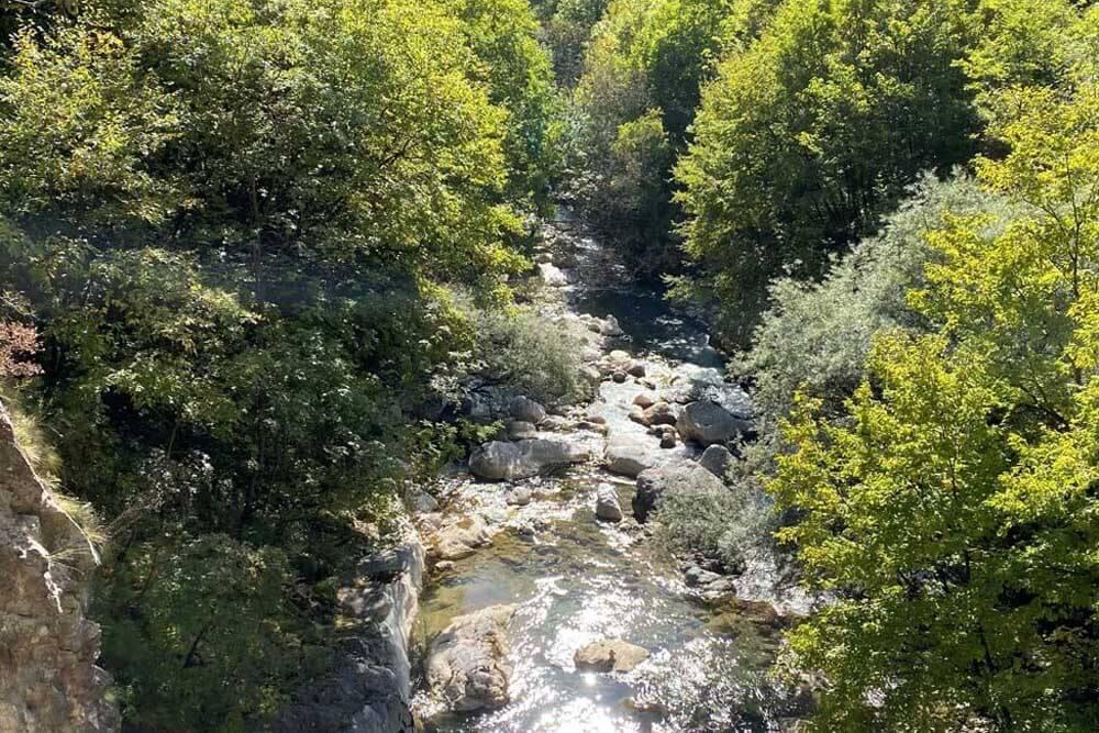 Flusslandschaft Mietwagenrundreise Kosovo