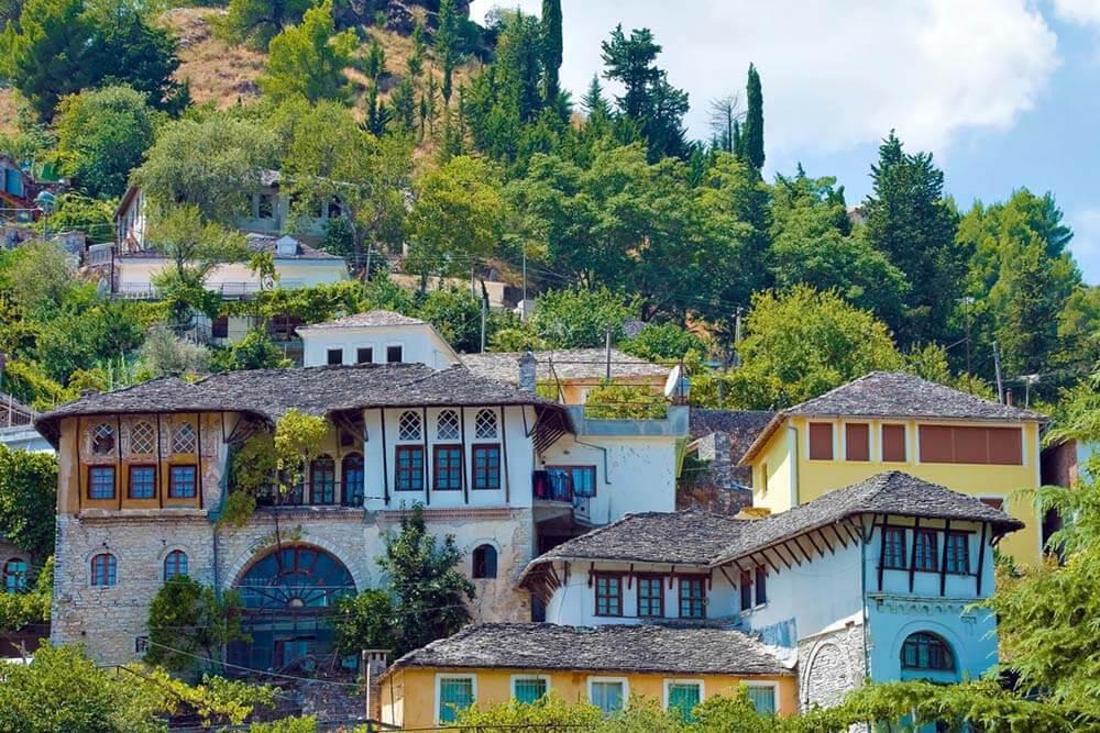 Gjirokaster UNESCO Mietwagenrundreise Albanien