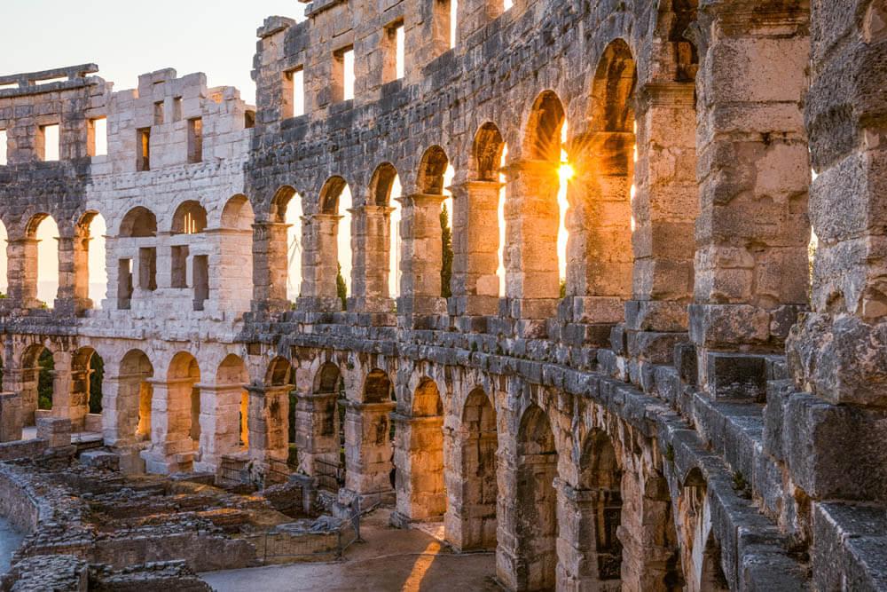Pula Amphitheater Mietwagenrundreise Kroatien